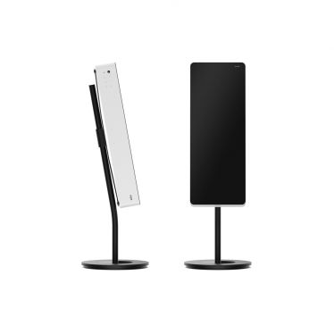 Braun-LE01-on-Stand